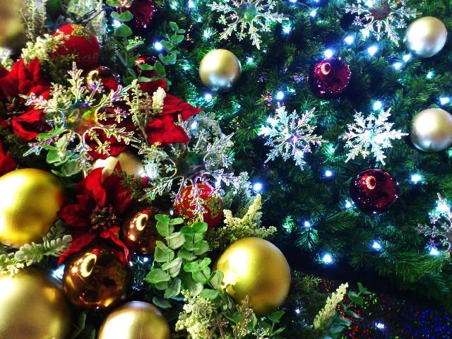 クリスマスツリー オーナメントの由来は!?各々に秘密のエピソードが!