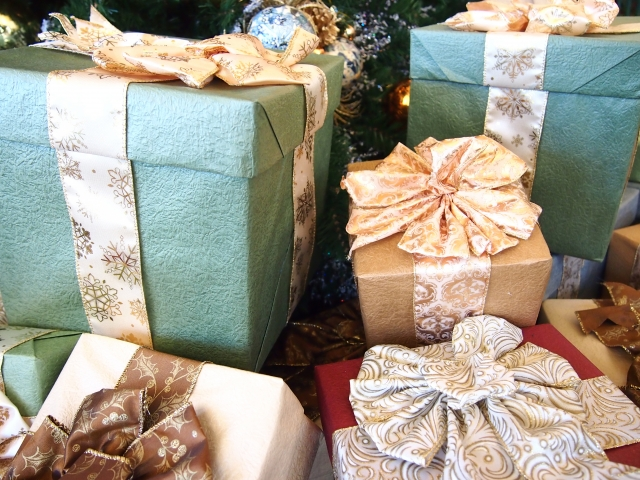 クリスマスプレゼント 女友達に3000円でちょっといい物を!
