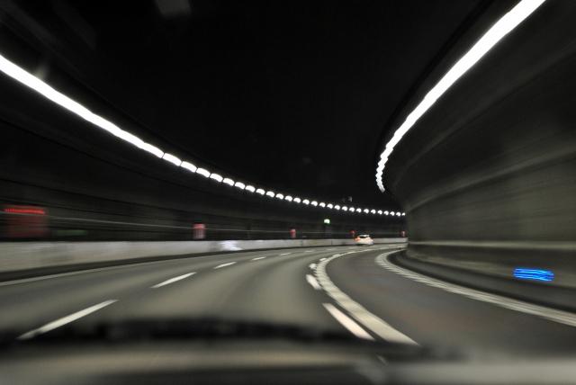 高速の運転が怖い!!どうする!?困ったときの対処法